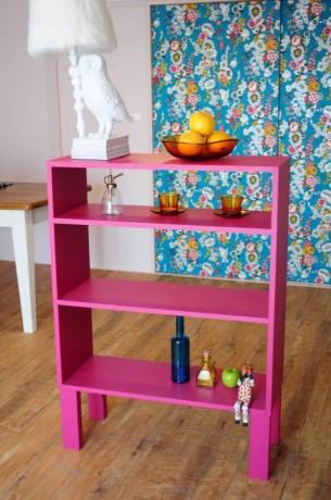 ピンクの棚