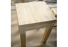 8. サンダーがかけ終わり全体の表面がキレイに整いました。次の工程は塗装です。